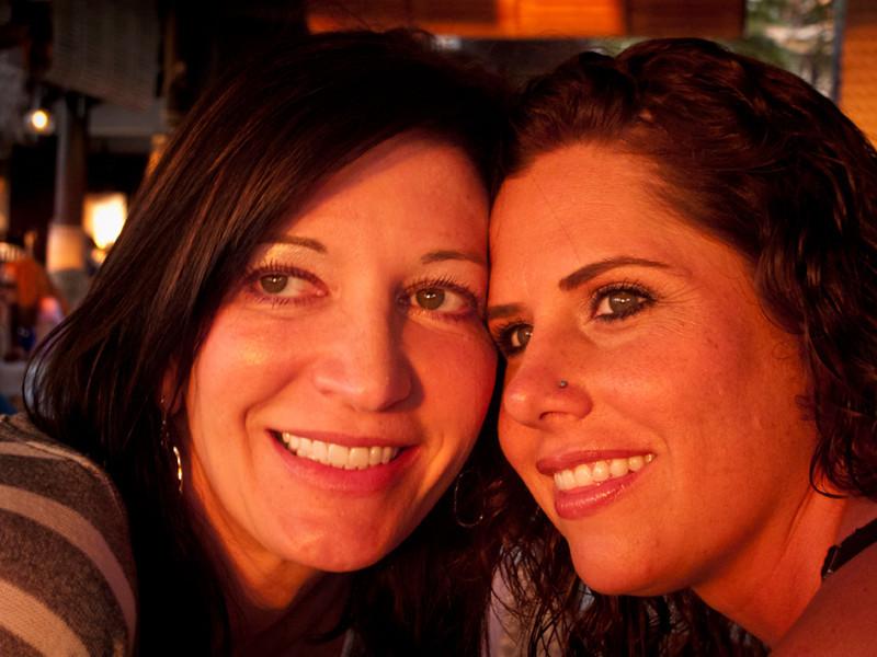 Denise and Chele_e.jpg