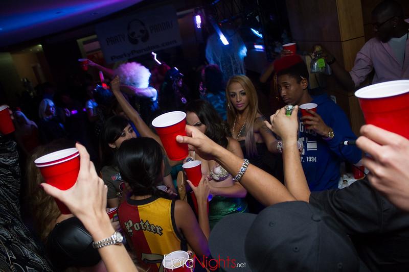 103013 Halloween Suite Party-6882.jpg