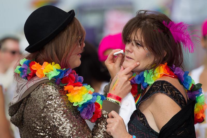 Brighton Pride 2015-17.jpg