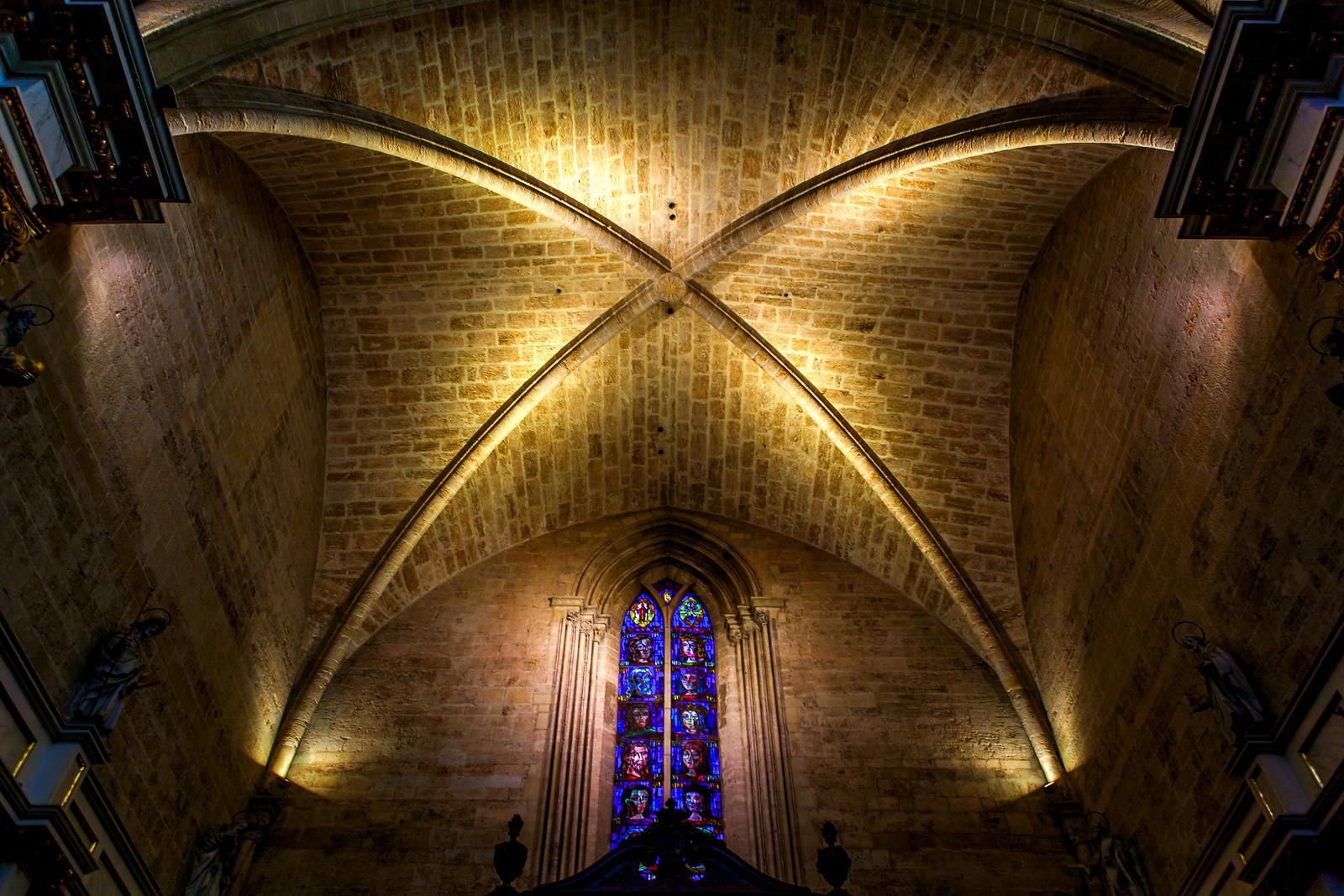 西班牙巴伦西亚主教堂,穹顶上的艺术
