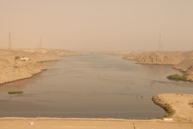 [20101005] Day 6 - Aswan Dam (13).JPG