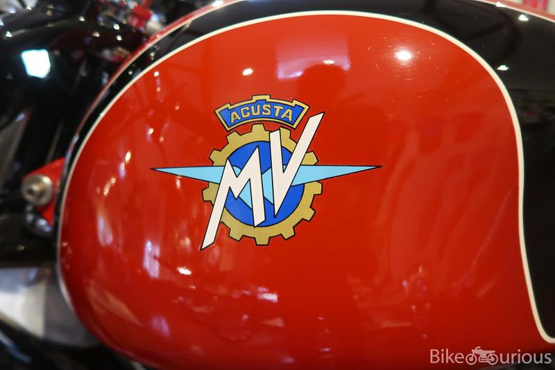 MV Agusta Raid - Tank Logo.jpg