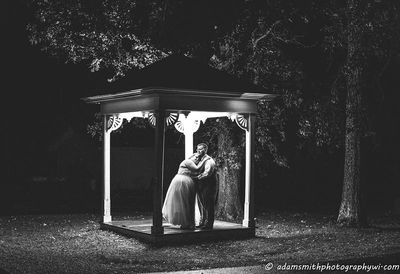 Kaitlin_Levi_Night_preview_wedding-1.jpg