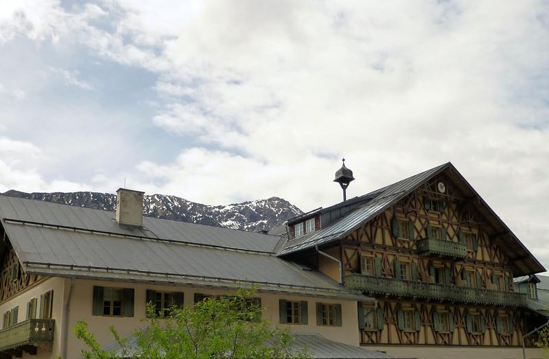 Day2-pre-Alpine Architecture.jpg