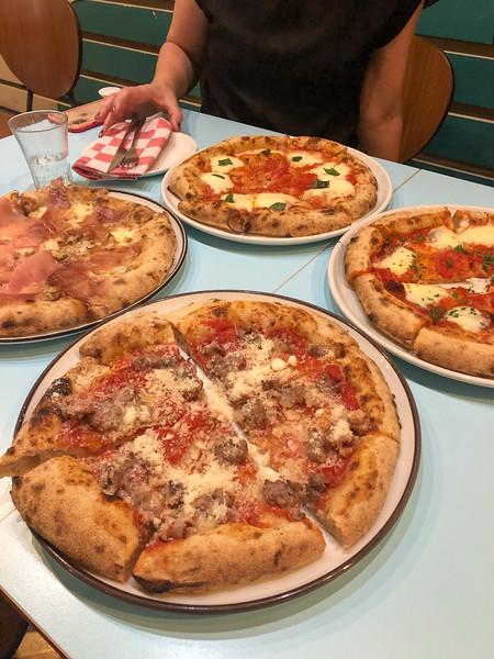 Pizza in Bologna