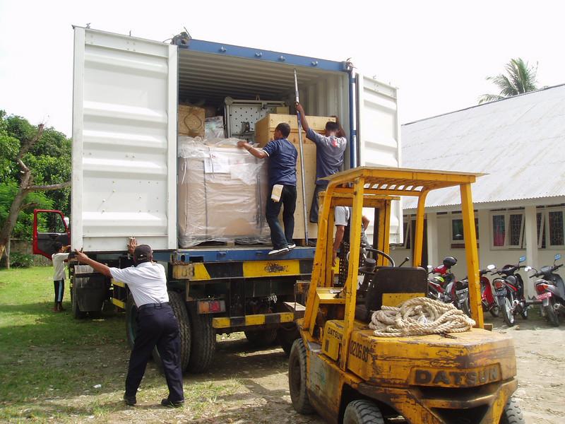 Otto Kuijk Zkhs vervoer en aankomst container (60).jpg