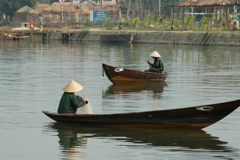 Fishing on the Thu Bon River - Hoi An, Vietnam