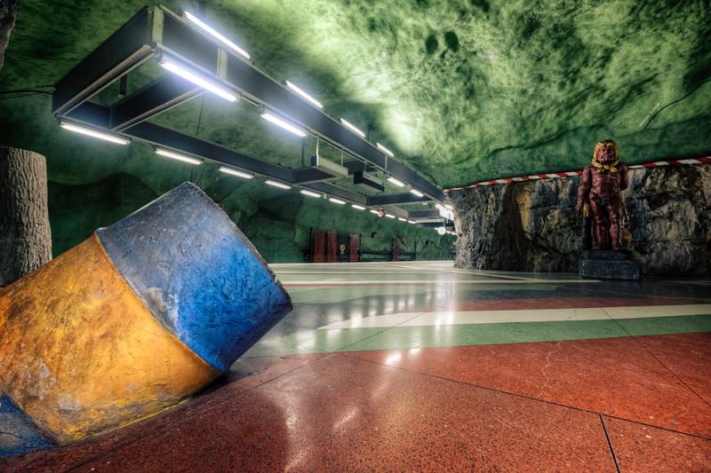 Underground Empire F5257.jpg