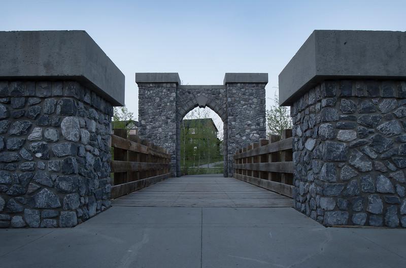 Kings gate 3.jpg