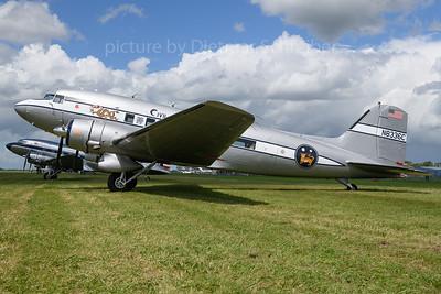 N8336C Douglas DC3