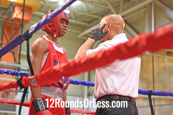 Bout 4 Antwon Coach, Red Gloves, Real Deal Cinci -vs- Al'Quez Jones, Blue Gloves, OTR Cinci, 132 Lbs, 14-15 Yrs