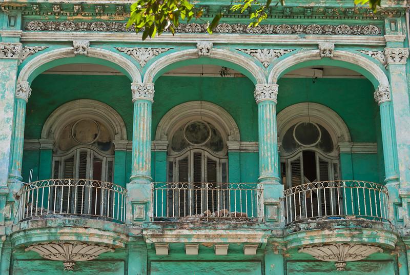 2011-04-07_Havana_OldTown_9208.jpg