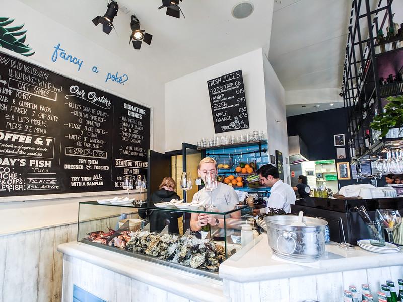 klaw seafood cafe oysters dublin.jpg