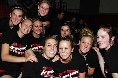 Girls Varsity Volleyball - 2007-2008 - 10/28/2007 Newaygo (Seniors Night) JG