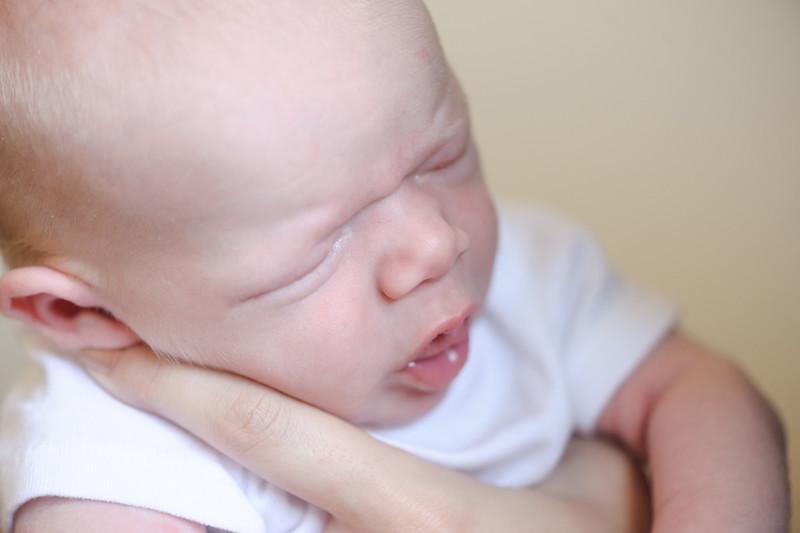 Aiden McFarland Newborn ~ 8.2014-273.jpg