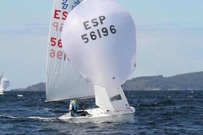 8 LJ ESP 56196 56 ae)