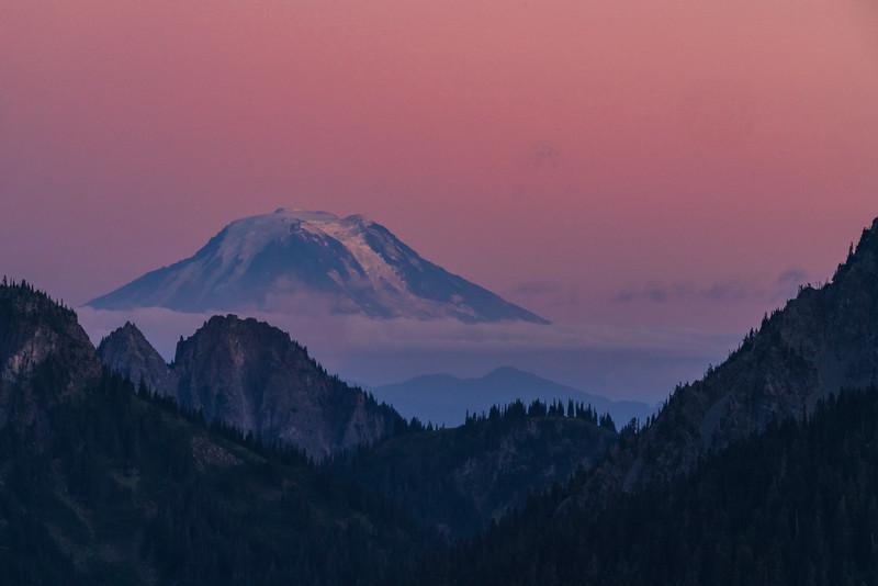 Rainier_Landscape_SunsetMtAdams_DCS03236.jpg