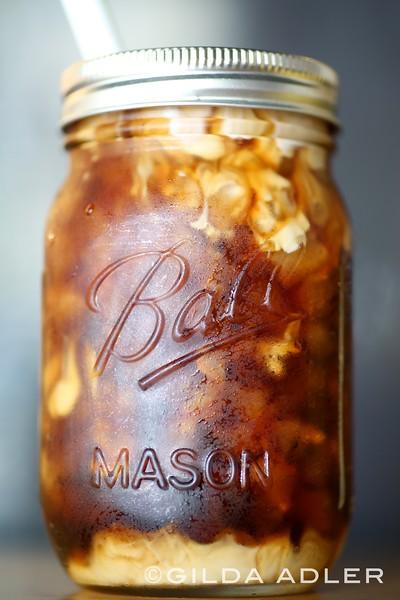 WRAPS AND MASON JAR ICED COFFEE AND STRAWBERRY LEMONANDE