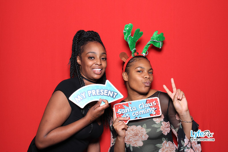 eastern-2018-holiday-party-sterling-virginia-photo-booth-1-150.jpg