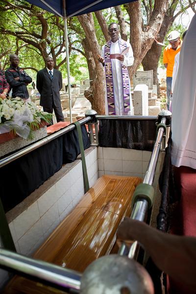 gamor_funeral-7049.jpg