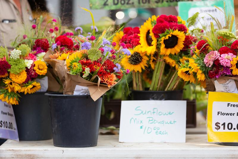 Del Ray Farmers Market 177.jpg
