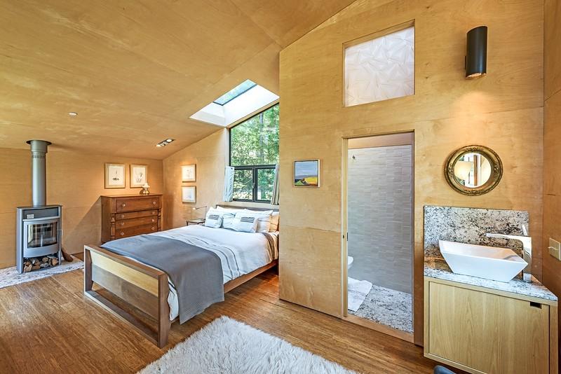 Guest House & Bath