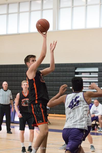 Varsity Boys 2017-8 (WM) Basketball-6820.jpg