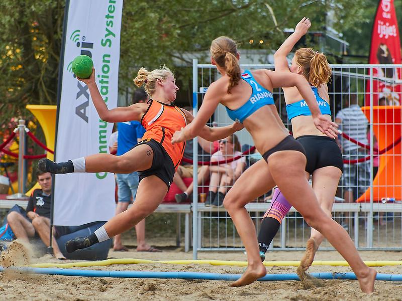 Molecaten NK Beach Handball 2017 dag 1 img 334.jpg