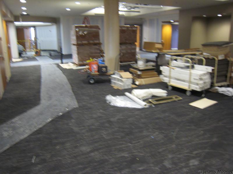 4th floor open area (alumni lounge)