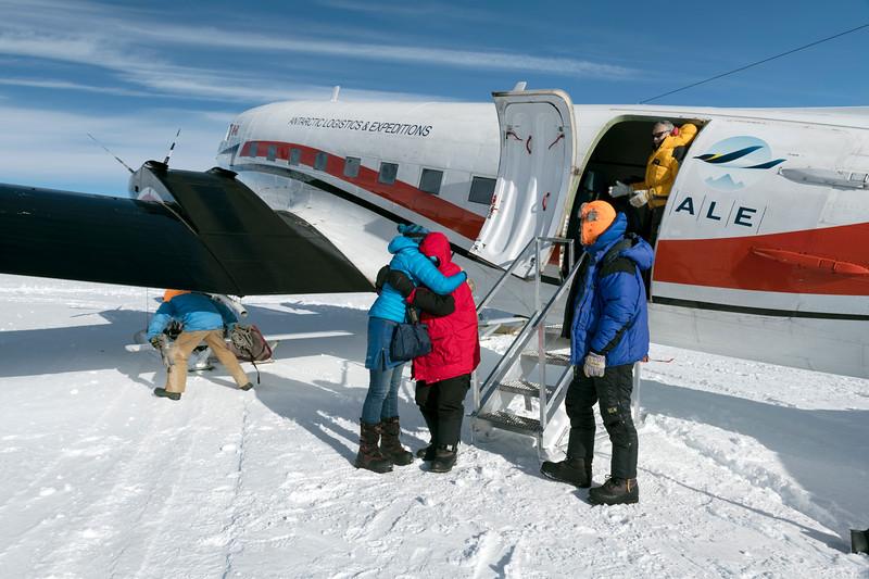 South Pole -1-4-18074979.jpg