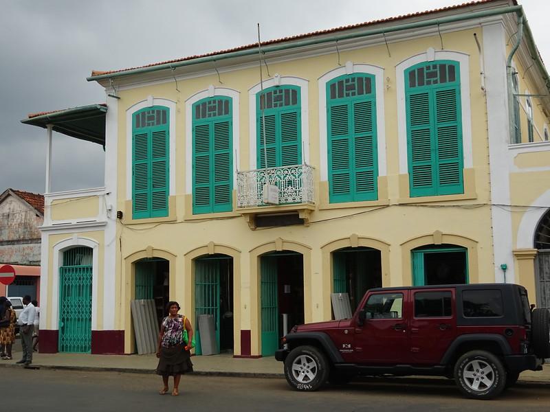 015_Sao Tome Island. Colonial Building.JPG