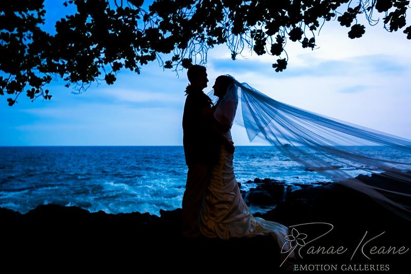 222__Hawaii_Destination_Wedding_Photographer_Ranae_Keane_www.EmotionGalleries.com__140705.jpg