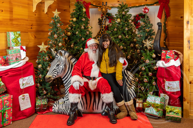 2019-12-01 Santa at the Zoo-7383.jpg