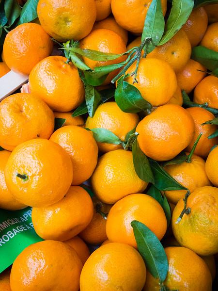 aix en provence market mandarin oranges.jpg