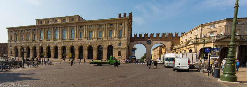 Uploaded - Nothern Italy May 2012 0195.JPG