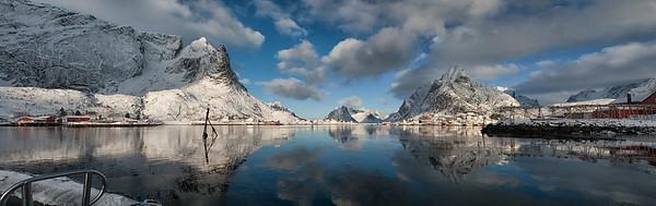 Leaving Reinefjord