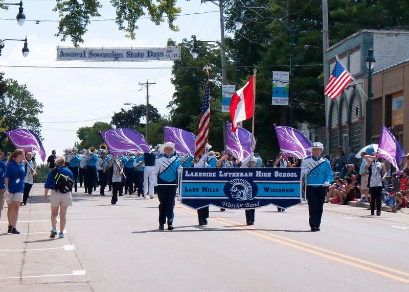 Parade16-winneconne_1.JPG