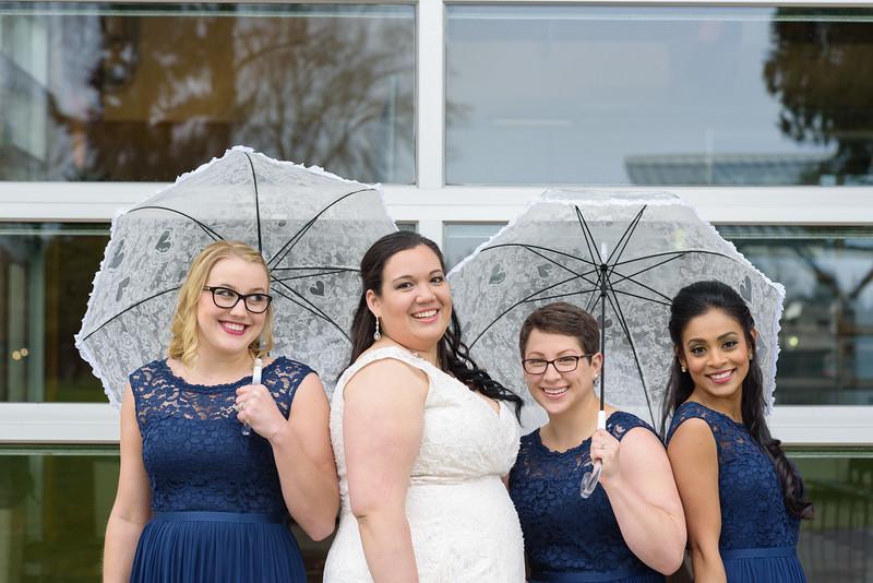 Bride&Bridesmaids_100.jpg