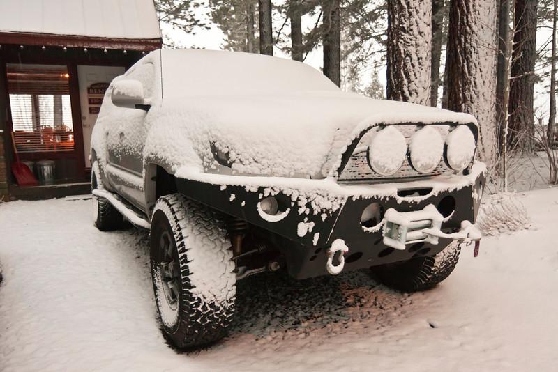 20120121_IMG_9938_Tahoe-Cabin-Snow-Austin-Camuntitled.JPG