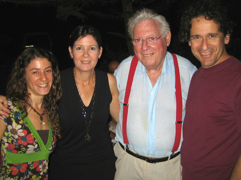 Ya'ara,Nurit,Abba,Linton August 2007 copy.jpg