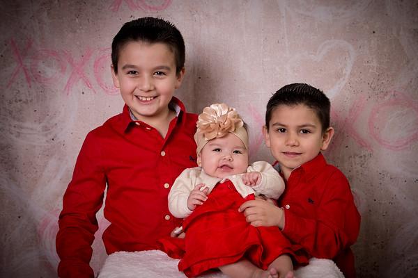 Miranda Family Valentine Photos