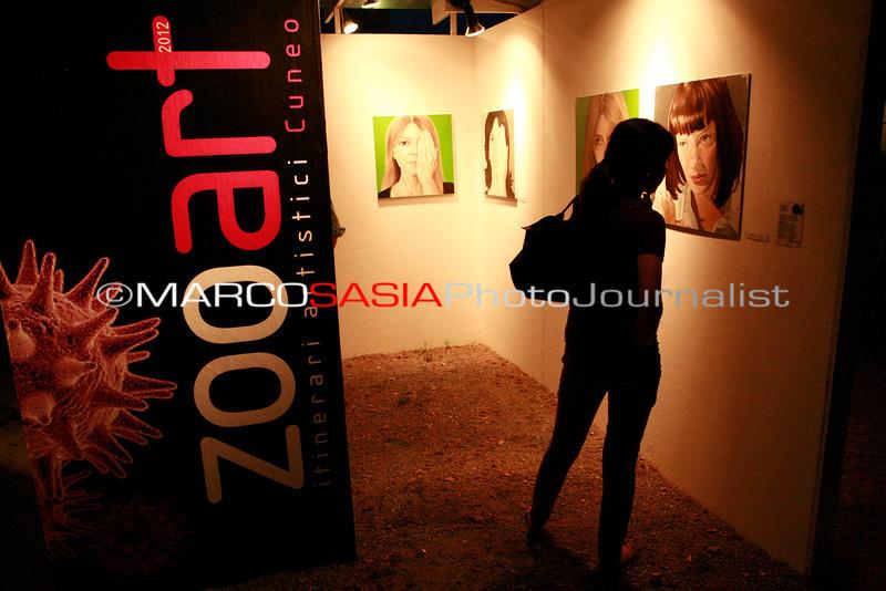 0079-ZooArt-03-2012.jpg