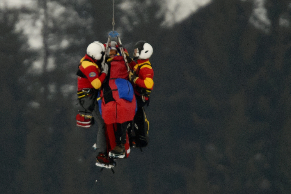 . US Lindsey Vonn is transported by helicopter after a fall during the women\'s Super-G event of the 2013 Ski World Championships in Schladming, Austria on February 5, 2013.  FABRICE COFFRINI/AFP/Getty Images