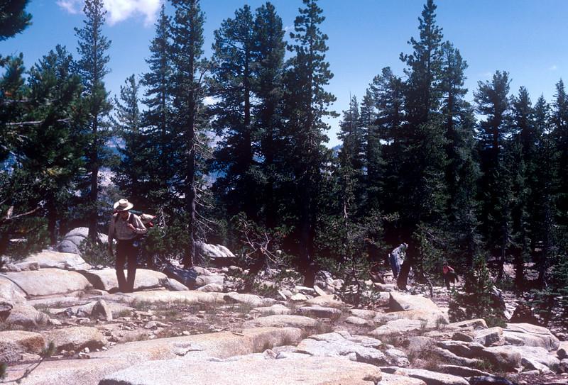 1985-07 Yosemite Joe & Hokie to May Lake.jpg