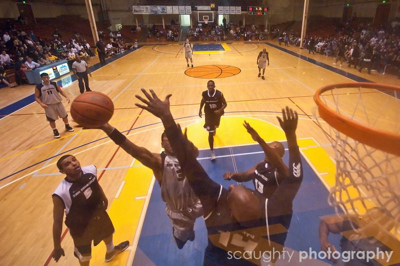 08-12-09_Edited_SF_Summer_League_Roeder_3.jpg