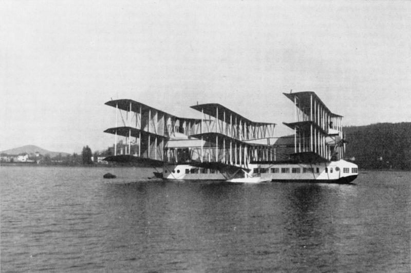 The_Caproni_Ca.60_on_Lake_Maggiore,_1921.png