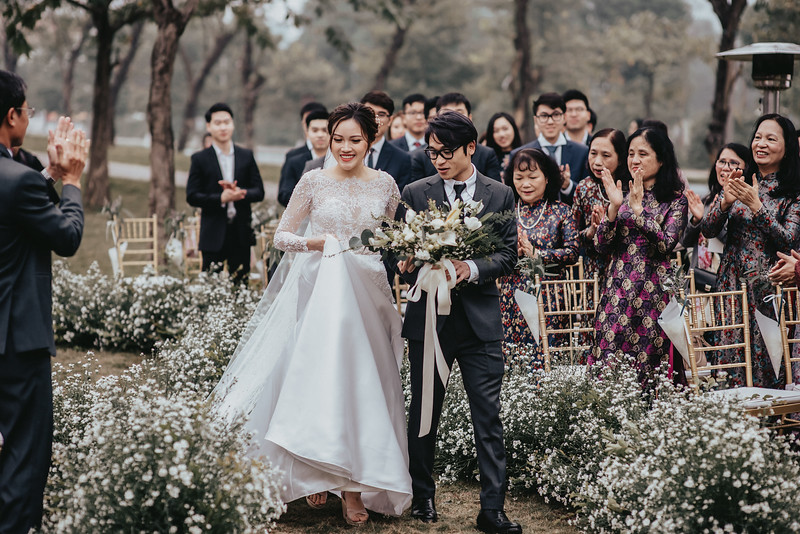 JWMarriott Ha Noi Intimate Wedding of Trang Hi well captured by Hipster Wedding Vietnam Wedding Photographer-4002.jpg