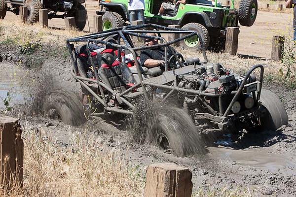molina-jason-trying-mud-pit-4.jpg