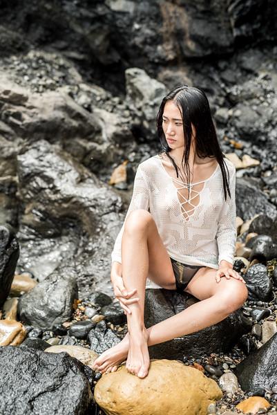 Pretty Athletic Goddess! Full FramePhotos of Pretty Swimsuit Bikini Fitness Model Goddess!
