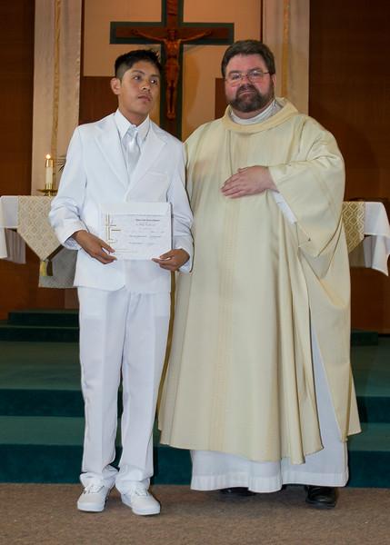 Communion Hispanic-9169-5 5x7 - 2.JPG